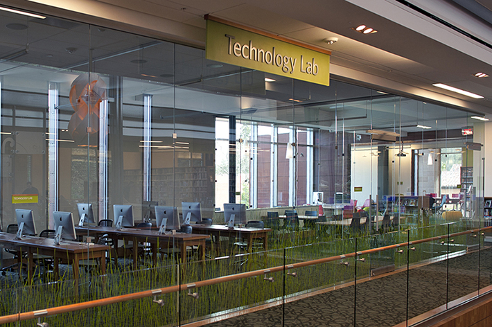 Los Gatos Library technology lab
